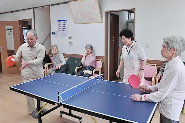 グループホーム 卓球